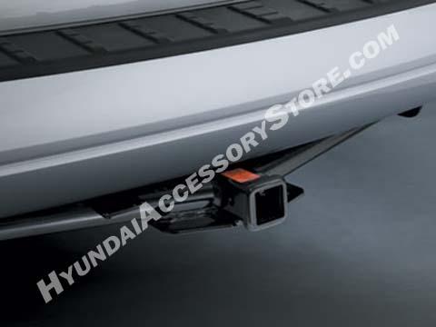 Hyundai Entourage Tow hitch