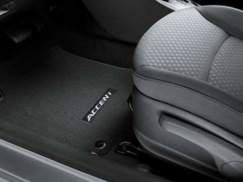 Hyundai Accent Carpeted Floor Mats