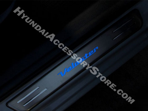 hyundai_veloster_illuminated_door_sills.jpg